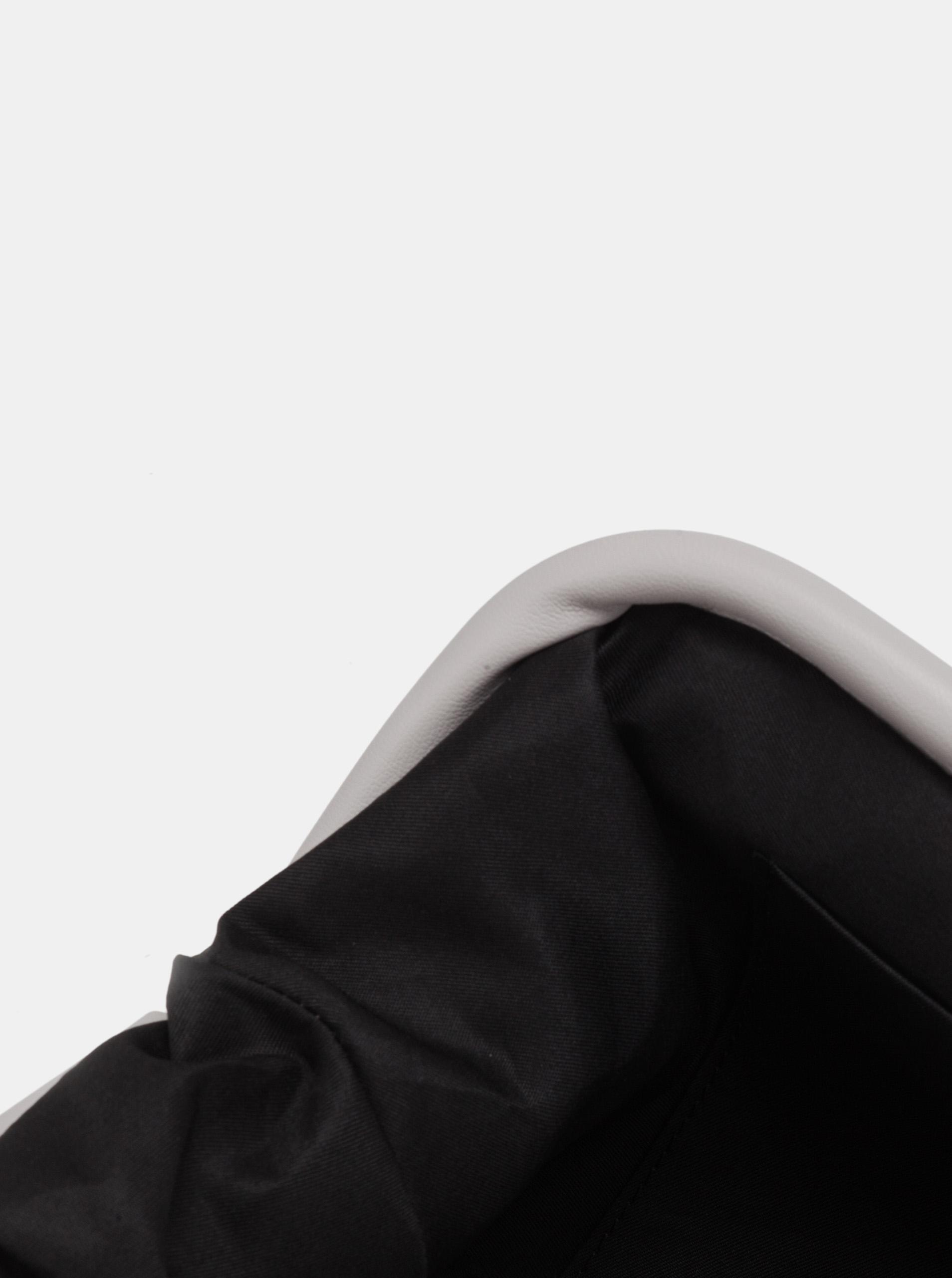 Claudia Canova siva crossbody torbica