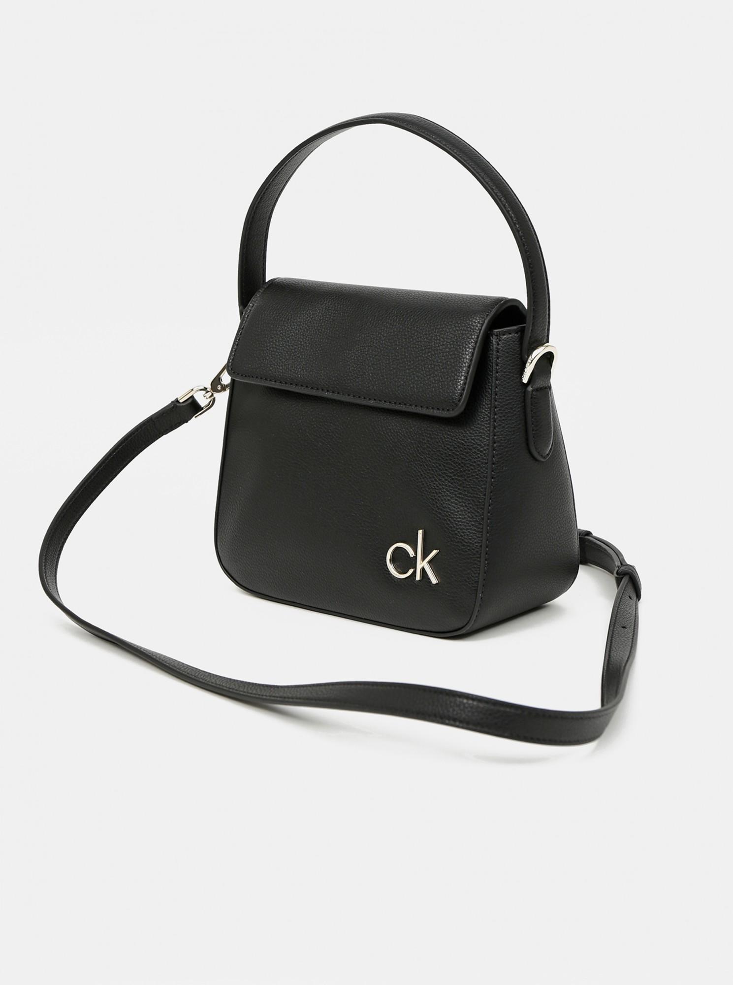Calvin Klein črna torbica Hobo W/Flap