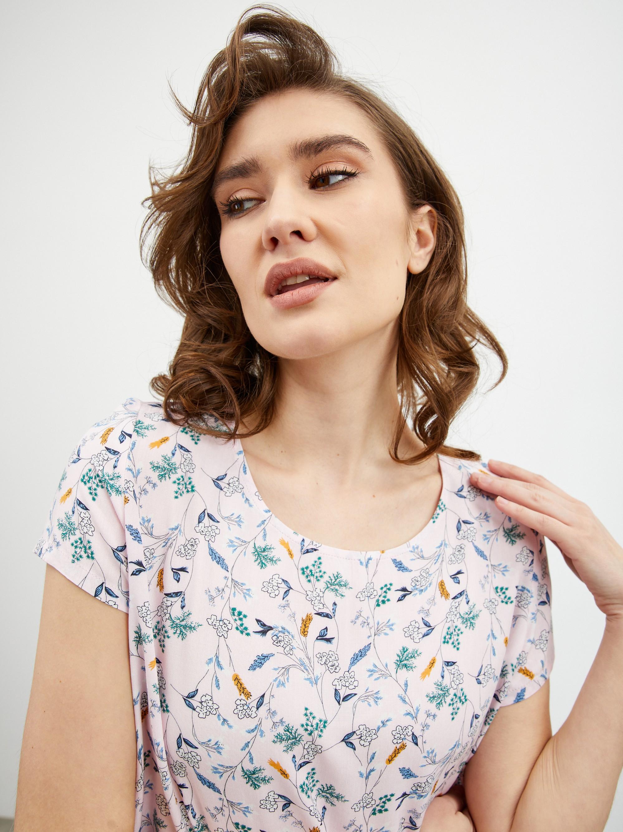 ZOOT puder bluza Berenika s cvetličnim motivom