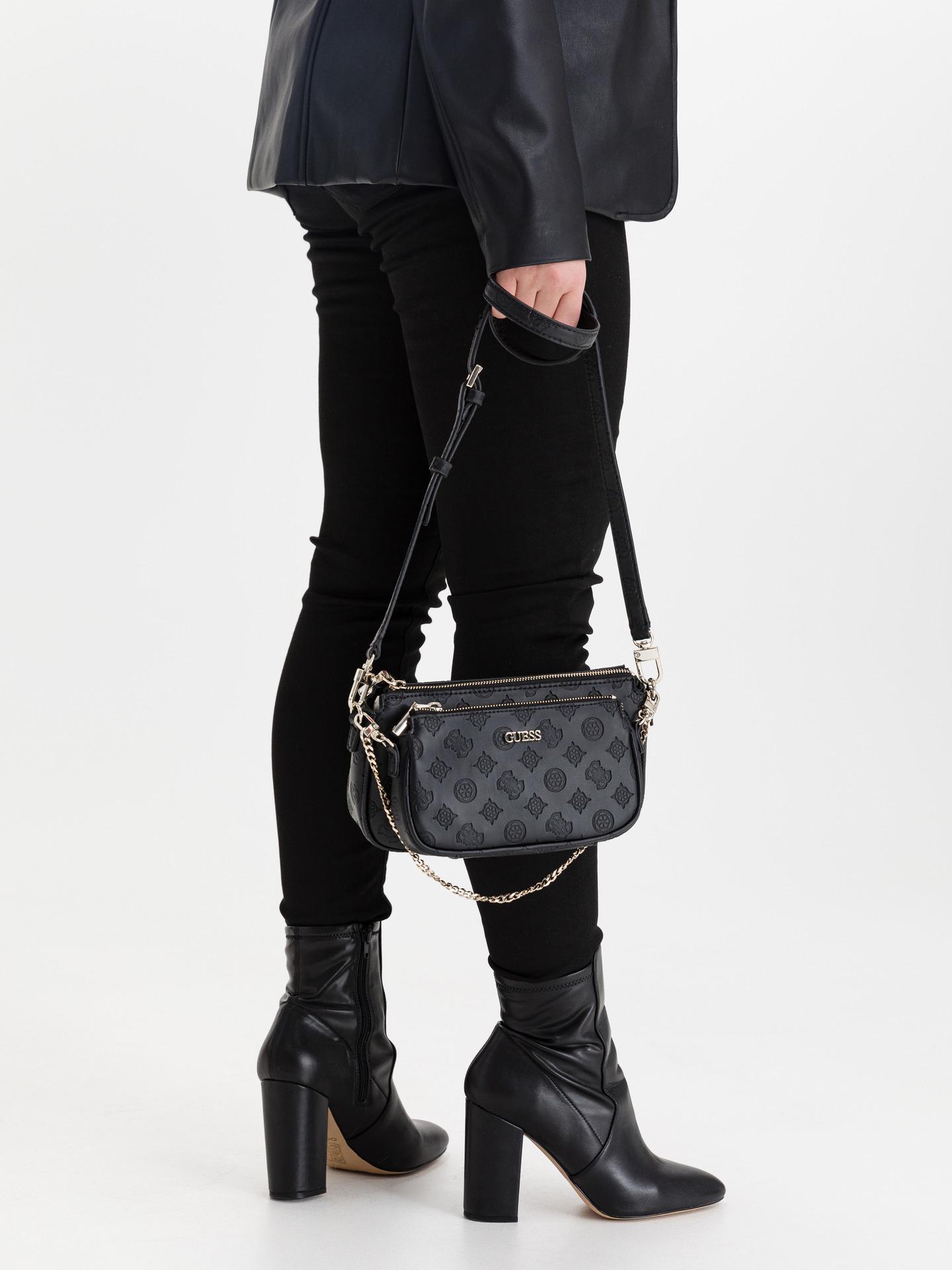 Guess črna crossbody torbica Dyanne Double