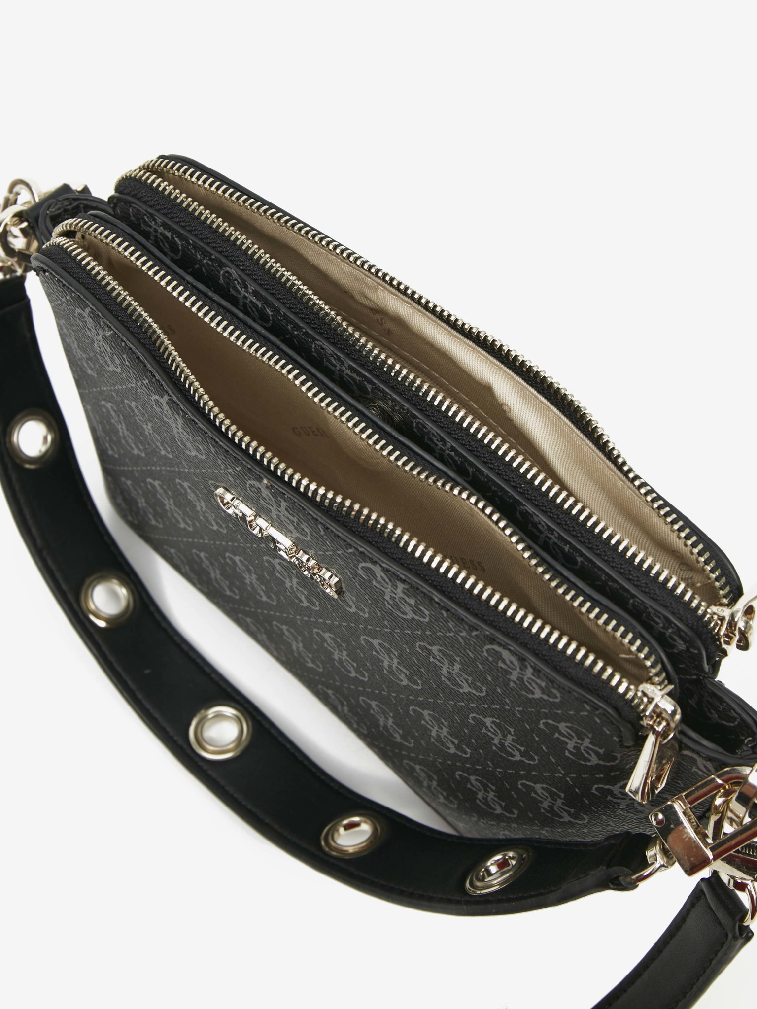 Guess črna torbica Washington