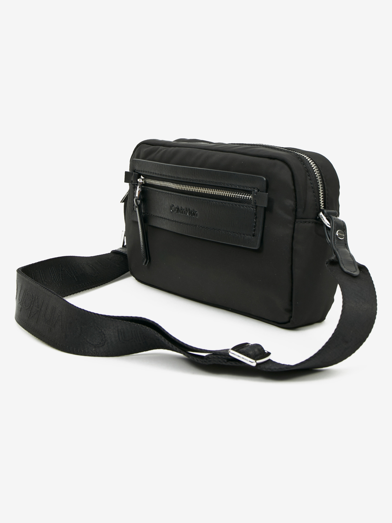Calvin Klein črna crossbody torbica Essential