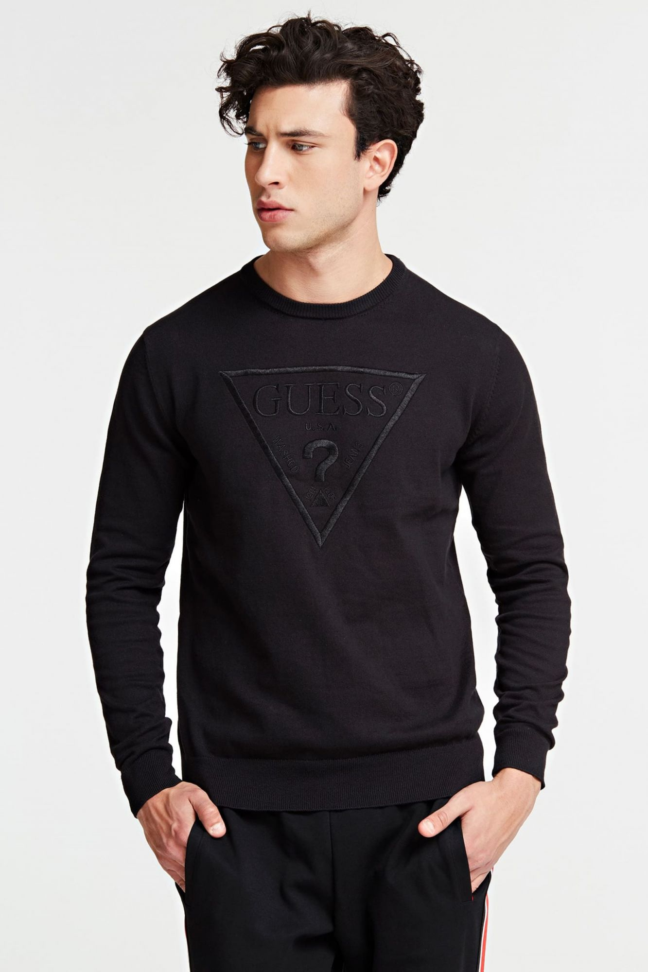 Guess črna pulover Triangle Logo Sweater