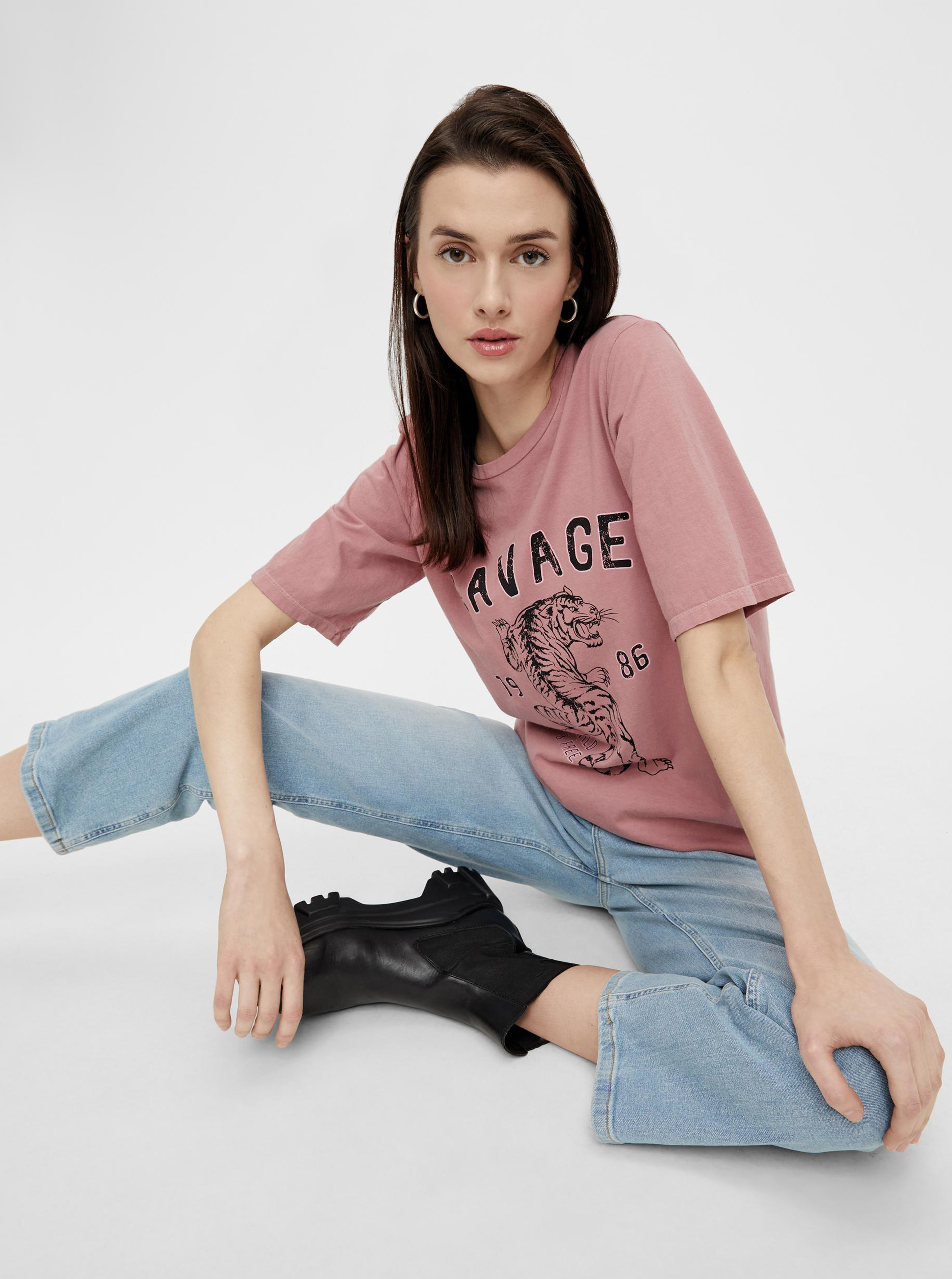 Pieces roza ženske majica s tiskom