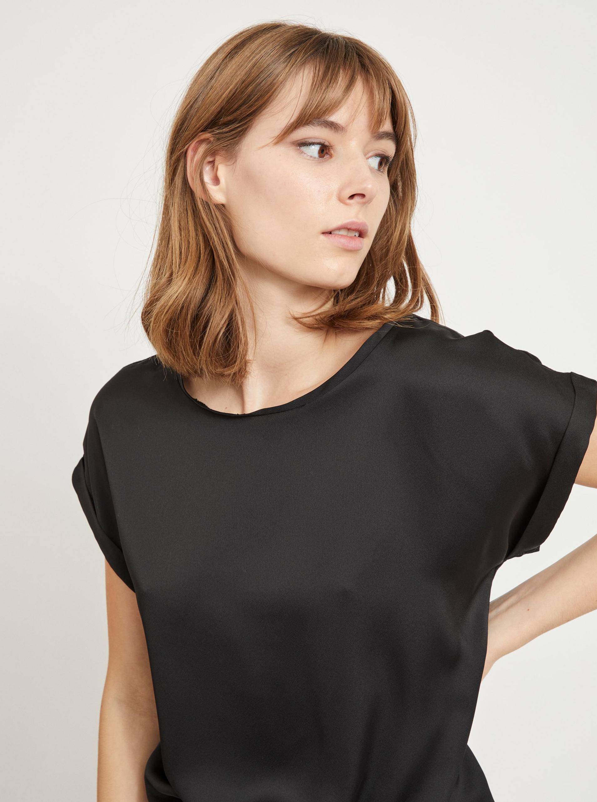 Vila črna bluza