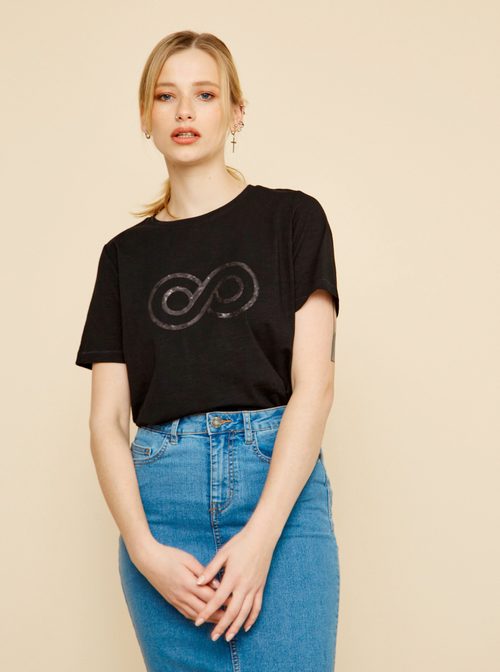 ZOOT črna ženska majica Lucy